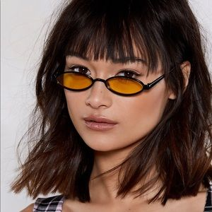 Nasty Gal Over The Moon Shades - Black/Gold 👓